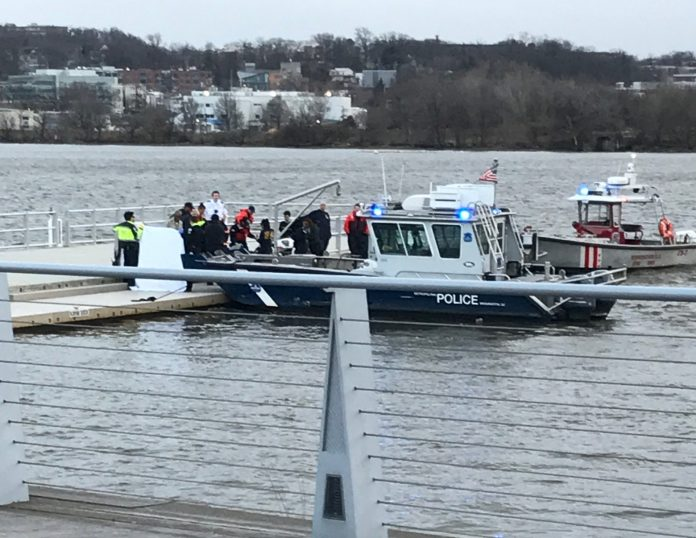 Police pulled a male body from the Anacostia River late Saturday afternoon.